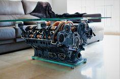 Mesa motor V8 de Mercedes-Benz (W119) Mesa de diseño creada con motor V8 de Mercedes-Benz.
