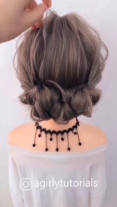Visit to get around hairstyle tips nail art and a variety of needs for a healthy body Hairstyle Haircare Nailart naildesign diy Easy Hairstyles For Long Hair, Braided Hairstyles, Wedding Hairstyles, Cool Hairstyles, Hairstyles Videos, Long Hair Updos, Hairdo For Long Hair, Anime Hairstyles, Long Hair Video