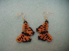 Boucles d'oreilles perles papillon par patientlybeadedJewel sur Etsy