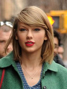 taylor-swift-letter-earrings-fashion-ftr.jpg?w=600&h=750&crop=1
