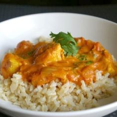 An easy Indian dish! Butter chicken is made with a rich tomato, cream, spicy sauce.