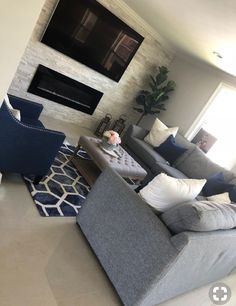Remarkable Small Living Room Remodel Interiors Ideas - All About Decoration Navy Living Rooms, Blue Living Room Decor, Living Room Color Schemes, Small Living Rooms, Home Living Room, Apartment Living, Living Room Designs, Apartment Therapy, Modern Living