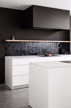 10 Inspiring Modern Kitchen Designs – My Life Spot Modern Kitchen Cabinets, Kitchen Shelves, Modern Kitchen Design, Apartment Interior Design, Kitchen Interior, Kitchen Decor, Crisp Kitchen, Kitchen And Kitchenette, White Home Decor