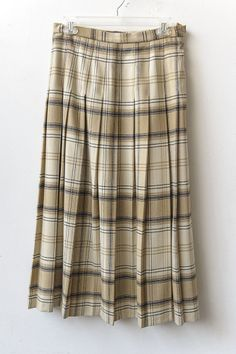 Foxley England- Pleated plaid Wool riding skirt Size M