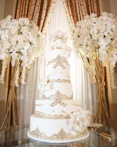 Wedding Wishes On Whatsapp Elegant Wedding Cakes, Beautiful Wedding Cakes, Wedding Cake Designs, Beautiful Cakes, Beautiful Flowers, White And Gold Wedding Cake, Luxury Wedding Cake, Dream Wedding, Private Wedding