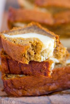 Pumpkin Banana Cheesecake Bread ~ Ultra moist and bursting with pumpkin flavor! This bread is perfect for dessert but also doubles as an amazing breakfast.or snack.or lunch Banana Cheesecake Bread, Pumpkin Cheesecake Recipes, Banana Bread Recipes, Pumpkin Recipes, Fall Recipes, Cheesecake Trifle, Pumpkin Dishes, Top Recipes, Apple Recipes