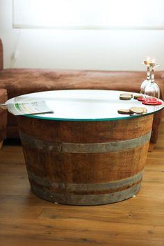 Weinfass-Tisch mit Glasplatte von -unFASSbar- auf DaWanda.com