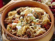Székelykáposzta recept Hungarian Recipes, Hungarian Food, Pasta Salad, Cabbage, Favorite Recipes, Dishes, Chicken, Vegetables, Ethnic Recipes