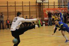 Handball 1 liga. Olimpia Piekary - Piotrkowianin Piotrków Trybunalski 27:27 http://www.wiadomosci24.pl/artykul/handball_1_liga_olimpia_piekary_piotrkowianin_piotrkow_2727_341119.html fot.Piotr A. Jeleń