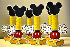 Minnie Y Mickey Mouse, Fiesta Mickey Mouse, Mickey Mouse Clubhouse Birthday, Mickey Mouse Parties, Baby Mickey, Mickey Party, Mickey Mouse And Friends, Mickey Mouse Birthday, Elmo Party