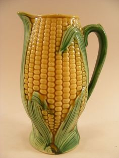 Seeing a set of corn dishes like this at an auction is what started the whole Barb-and-Anne-corn-thing.  We thought we'd bid on the set as a joke for Mom, little realizing that it would go for hundreds of dollars.