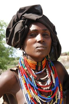 Africa    Portrait of an Arbore Girl, Ethiopia   © Earth Cultures