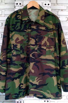 Vintage Military Camo Jacket / Army Jacket / by KodChaPhorn