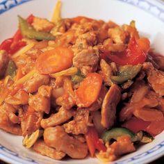 Hapanimelä possupannu   Yhteishyvä Thai Recipes, Cooking Recipes, Finnish Recipes, Ratatouille, Pot Roast, Curry, Good Food, Pork, Food And Drink