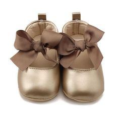 Bow Bandage Baby Girl Soft PU Princess Shoes - brand new with high quality, Very beautiful fashionable and Casual, Style: Crib Shoes Baby Girl Shoes, Cute Baby Girl, Girls Shoes, Baby Girls, Newborn Girls, Princess Shoes, Baby Girl Princess, Bow Shoes, Bow Flats