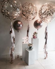 A copper theme for a special birthday with our rose gold balloons. Plinths… - How To Make Crazy PARTY Balloon Decorations, Wedding Decorations, Balloon Banner, Balloon Ideas, Decor Wedding, Glitter Party Decorations, Elegant Party Decorations, Balloon Balloon, Balloon Display