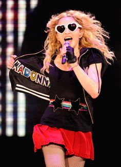 Drew Barrymore joins Madonna, Katy Perry with heart-shaped shades Madonna Tour, Madonna Music, Burberry Prorsum, Cara Delevingne, Heart Shaped Glasses, La Madone, Heart Sunglasses, Drew Barrymore, Pop Singers