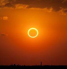 Une éclipse annulaire de Soleil. © DR