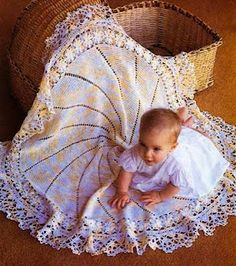 Free Pattern - Round Baby Crochet Afghan. I want somoene craftier than me to make this!