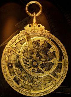Más tamaños   Astrolabio Andalusí   Flickr  ¡Intercambio de fotos