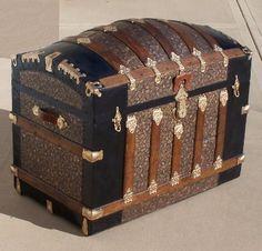 images of antique trunks   Brimfield Antique Show & Flea Market