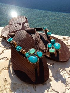Turquoise N Caicos by Flipinista™ for more information email… Heeled Flip Flops, Flip Flop Sandals, Turquoise Heels, High Platform Shoes, Slipper Sandals, Womens Flip Flops, Bare Foot Sandals, Look Chic, Diy Headband
