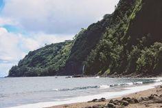 Waipio Valley, The Big Island of Hawaii  www.closet-creep.com