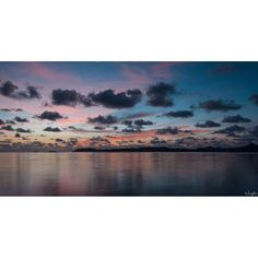 #WeLike! #Madinina vue par @neg_maron97, repost via Instagram : Réveil en douceur #Martinique #carribean #Nature #Nuages #carribeansea #Nikon #bepassionate #BeASnilek #light #lights #Nikon #ShutterSoundAddict #ShareTheWorld #TogLife #Sunrise #Travel...