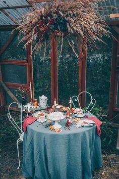 Ce nuage de fleurs séchées accompagne un petit gouter d'hiver (photo @rosecitronvg) Tea, Table Decorations, Dolls, Stars, Furniture, Home Decor, Dried Flowers, Cloud, Winter