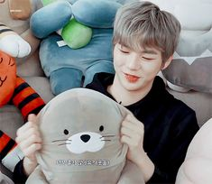 The Spring Home CF x Wanna One Kang Daniel