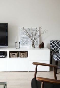 dekoartikel und wohnaccessoires im wohnzimmer