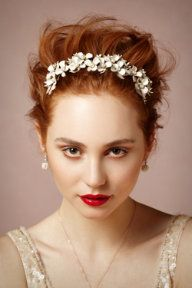 Bougainvillea Comb #wedding #Hair #accessories www.finditforweddings.com