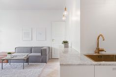 Modern Scandinavian apartment in design ideas room design house design interior decorating before and after Small Spaces, Minimalism Interior, Interior Design News, Home Goods Decor, Home And Living, Modern Apartment, Interior Design, Home Decor, House Interior