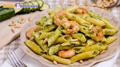Garganelli con pesto di zucchine e gamberetti - Giallo Zafferano
