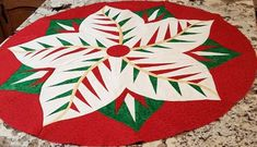 Poinsettia, Quiltworx.com, Made by Brenda, Taught by CI Cindy Simmons Table Topper Patterns, Table Toppers, Foundation Paper Piecing, Educational Videos, Poinsettia, Fabric Design, Quilt Patterns, Christmas Tree, Quilts