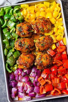 Sheet-Pan Honey Chili Chicken with Veggies Sheet Pan Dinners — Sheet pan meals are just a wonderful way to prepare a great dinner without tons of pans to deal with. They are generally on the healthier side of the scale because baking/roasti… Easy Chicken Thigh Recipes, Healthy Chicken Recipes, Cooking Recipes, Ramen Recipes, Spinach Recipes, Rib Recipes, Roast Recipes, Fudge Recipes, Pudding Recipes