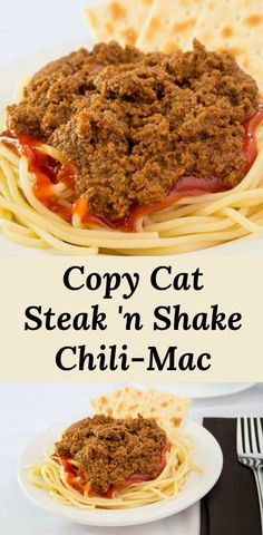 Steak n' Shake copycat chili-mac recipe, spicy beef sitting on a dollop of ketchup and spaghetti. Add some cheese and beans for chili-mac Steak And Shake Chili Recipe, Chili Mac Recipe, Spicy Recipes, Chili Recipes, Copycat Recipes, Fruit Recipes, Spaghetti Recipes, Pasta Recipes, Recipes Dinner