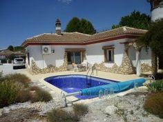 4 bed, 2 bath Country House in Los Carriones, Granada