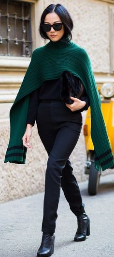 50 Street Style Outfits to Bookmark for 2016 Street Style 2016, Street Chic, Fashion Week, Fashion Outfits, Fashion Trends, Street Fashion, Women's Fashion, Milan Fashion, Winter Outfits