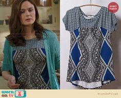 Brennan's black and blue printed top on Bones. Outfit Details: http://wornontv.net/22422 #Bones #fashion