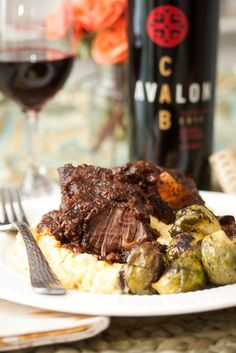 Cabernet-Braised Short Ribs and Grits