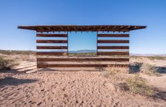 House of Mirrors: Lucid Stead cabin by Phillip K Smith III Joshua Tree, California 2013 House Of Mirrors, Installation Architecture, Light Installation, Modern Architecture, Art Installations, Social Design, Cool Mirrors, Joshua Tree National Park, Parc National
