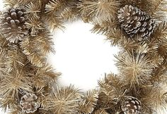 Decorating Dream Home Interiors Gold Christmas Tree Decor Cheap Outdoor Christmas Decorations Silver And Gold Christmas Tree Decorations Modern Home Interior Design Pictures Christmas Trends, Gold Christmas Tree, Christmas Projects, Christmas Wreaths, Christmas 2015, Interior Design Pictures, Modern Home Interior Design, Gold Interior, Christmas Lights Outside