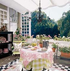 gingham, toile, and check!  Oh, my!