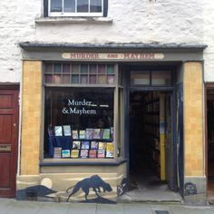 Hay on Wye----- I would absolutely love to come here one day!!!!!