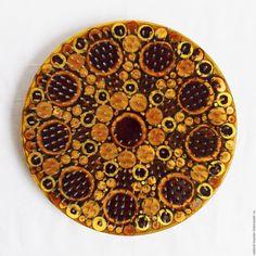 Купить Трезубец Шивы. Доска с гвоздями Садху - индия, аэрография, йога, желтый, медитация, подарок