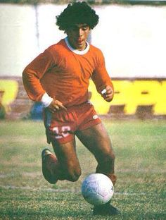 Maradona.. The Good Son, Son Love, Girls In Love, Fixed Matches, Diego Armando, Monica Bellucci, Fifa World Cup, Soccer Players, Athlete