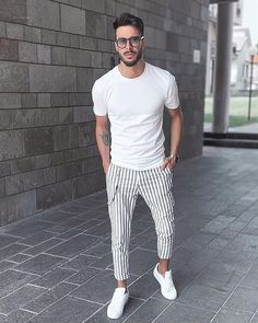 11 Best Mens Fashion Tips To Elevate Your Style - Mens Fashion Wear, Best Mens Fashion, Fashion Outfits, Fashion Tips, Style Fashion, Fashion Videos, Fashion Fall, Men Summer Fashion, Runway Fashion