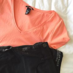 H&M T-Shirt Brand new H&M t-shirt. There is also a bundle available with another H&M shirt. H&M Tops Tees - Short Sleeve