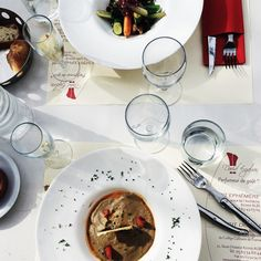 "Hot & Chilli food and travel blog: France: a stylish break in Albi, Lunch at the new gastronomic brasserie ""Esprit Epémère""opened by the Michelin starred Chef David Enjalran"